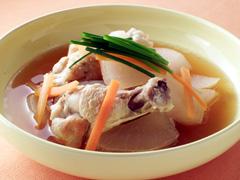 大根と鶏肉のスープ