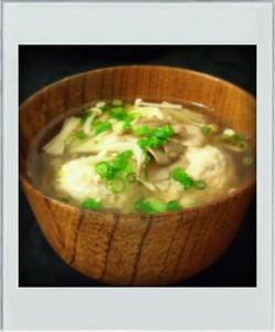 鶏団子きのこスープ